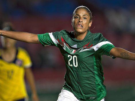 Marigol, Maribel Domínguez, celebrant un col amb la tricolor